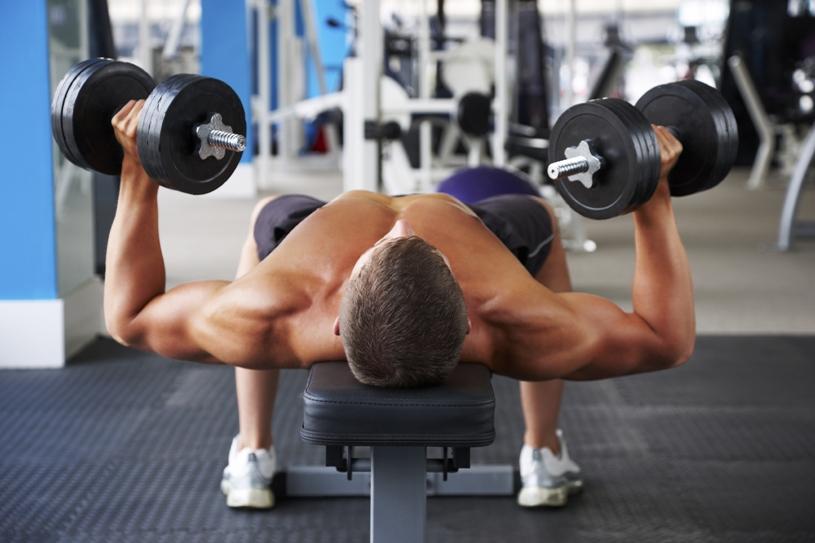 Borstspieren trainen met 4 effectieve oefeningen 14